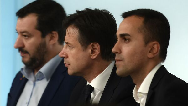 Matteo Salvini, Giuseppe Conte e Luigi Di Maio - Sputnik Italia
