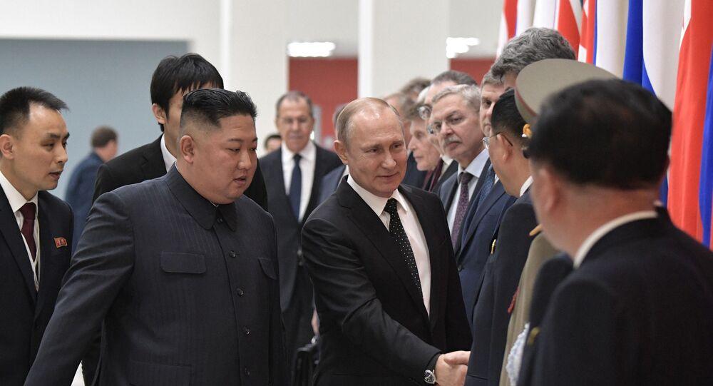 Kim Jong-un e Vladimir Putin si sono incontrati a Vladivostok