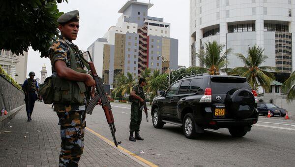 Guardie militari nelle strade di Colombo, Sri Lanka - Sputnik Italia