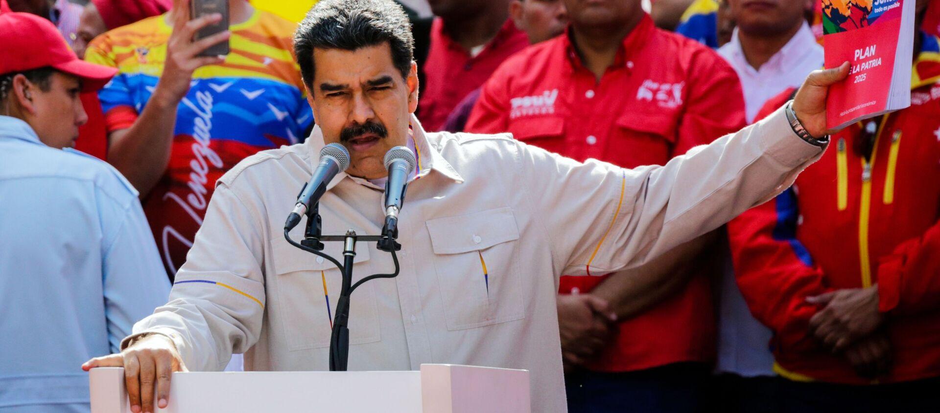 Nicolas Maduro all'azione di sostegno, Caracas, Venezuela - Sputnik Italia, 1920, 19.02.2021