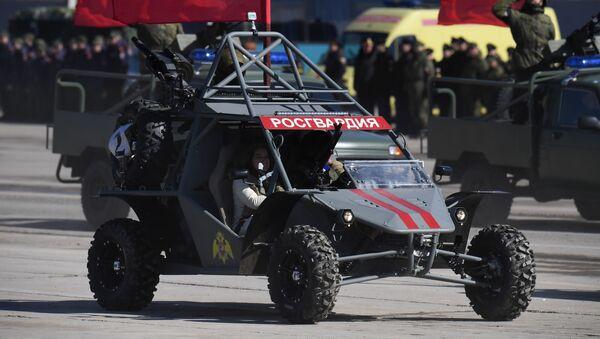 La dune buggy leggera della Guardia Nazionale russa Chaborz М-3 alle ripetizioni della parata militare della Vittoria - Sputnik Italia
