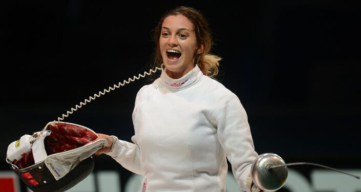 Rossella Fiamingo festeggia dopo il punto della vittoria