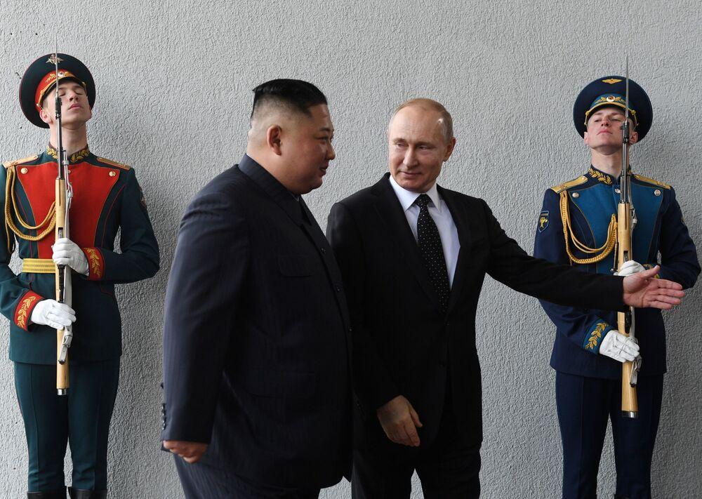 L'incontro tra Kim Jong-un e Vladimir Putin in Russia.
