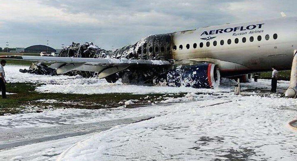 L'aereo Sukhoi Superjet 100 del volo Mosca-Murmansk