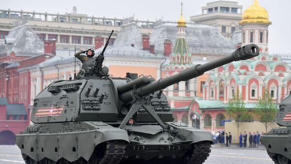 I semoventi d'artiglieria MSTA-S alla Parata della Vittoria 2019 - Sputnik Italia
