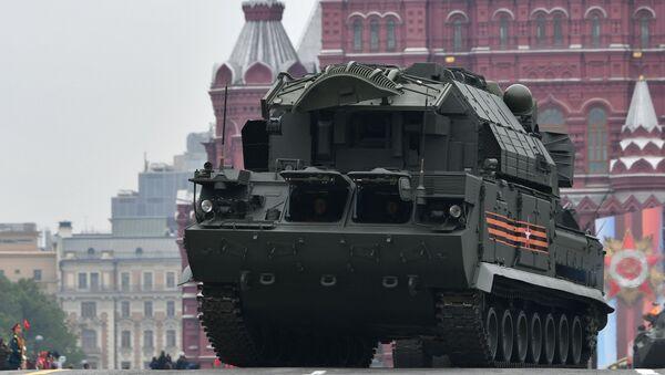 Il sistema antiaerei missilistici Tor-M2 alla Parata della Vittoria 2019 - Sputnik Italia