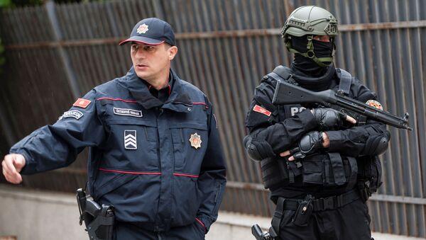 Polizia di fronte al Tribunale Supremo del Montenegro - Sputnik Italia