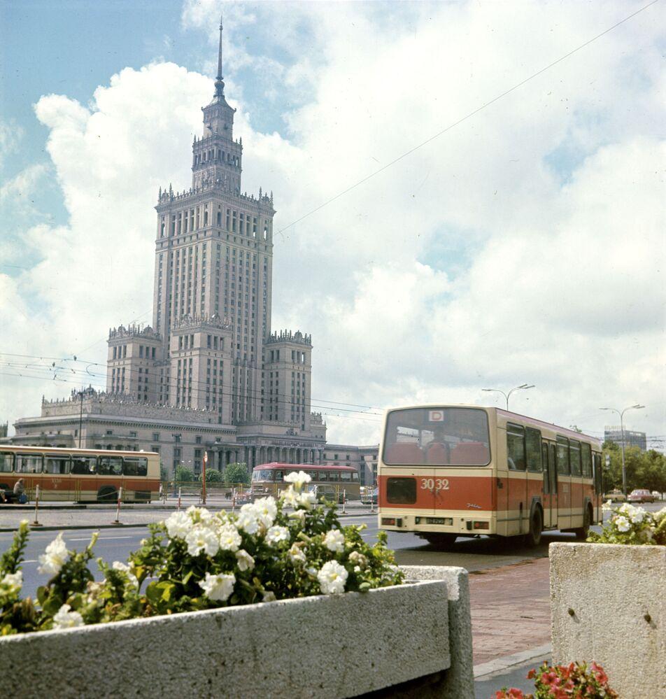 Palazzo della Cultura e della Scienza a Varsavia, 1982.