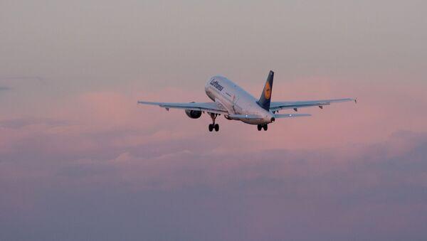 L'aereo Lufthansa - Sputnik Italia