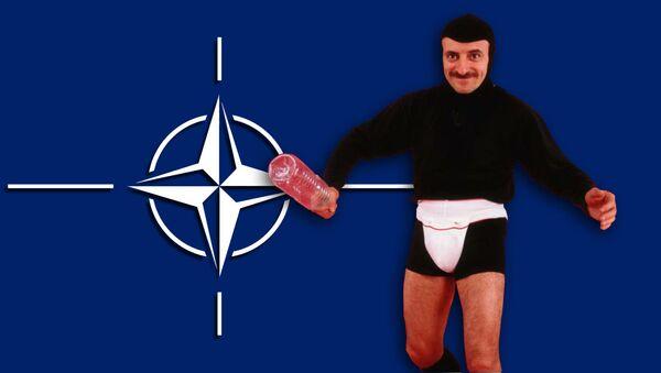 NATO e Tafazzi - Sputnik Italia