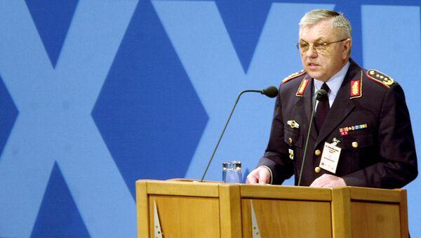 Ex ispettore generale del Bundeswehr, ex capo del comitato militare della NATO e generale in pensione Harald Kujat - Sputnik Italia