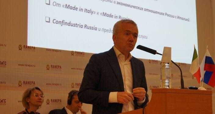 Il presidente di Confindustria Russia, Enresto Ferlenghi, risponde