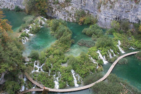 Le cascate del parco naturale dei laghi Plitvice, in Croazia - Sputnik Italia