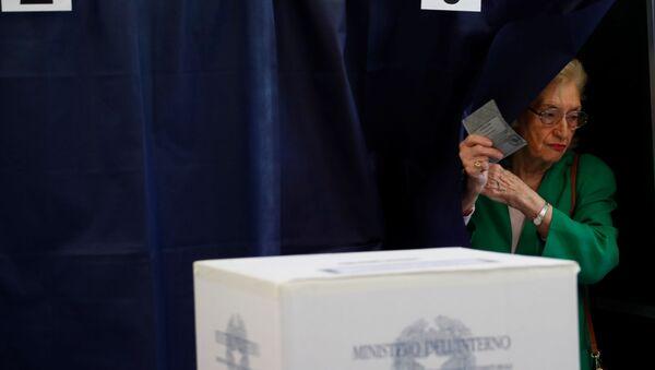 Выборы в Европарламент в Италии  - Sputnik Italia