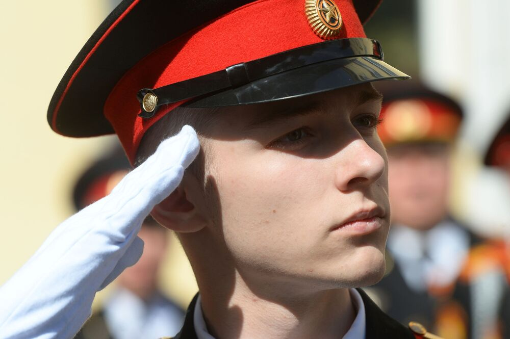 Un cadetto dell'accademia militare presidenziale Mikhail Shokolov di Mosca, dove vengono formati i futuri soldati della Guardia Nazionale russa