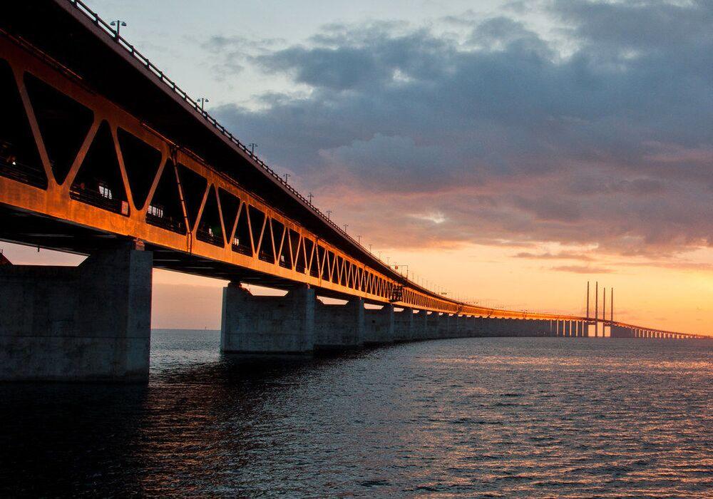Il tunnel-ponte di Øresund, che collega Copenhagen a Malmoe