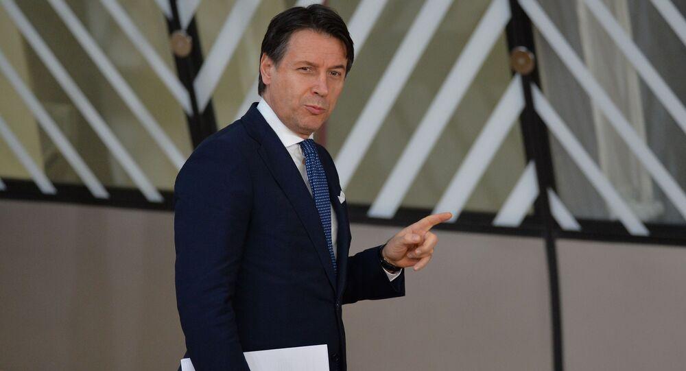 Il presidente del Consiglio Giuseppe Conte (foto d'archivio)