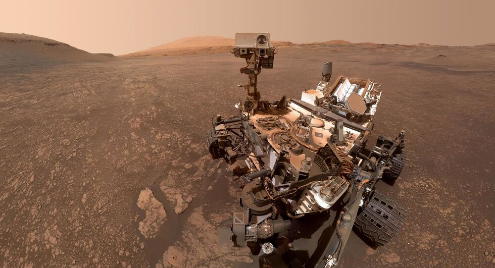 Selfie del rover Curiosity dalla superficie di Marte