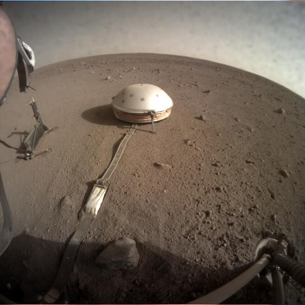 La Sonda InSight sulla superfice di Marte.  - Sputnik Italia