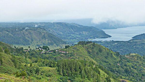 Lago Toba, isola di Sumatra, Indonesia - Sputnik Italia