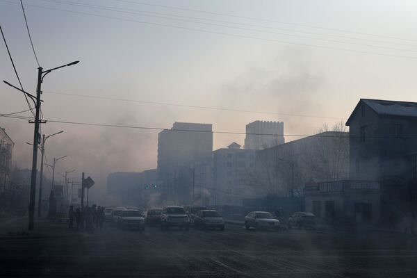 Ulan Bator, la capitale della Mongolia, avvolta dallo smog - Sputnik Italia