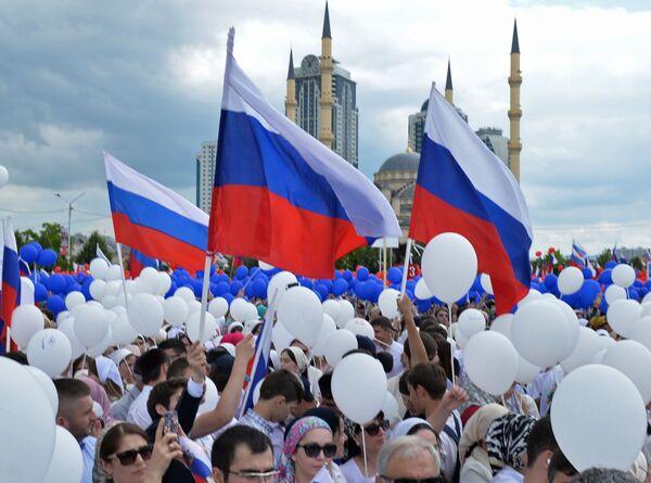 Festeggiamenti per il Giorno della Russia a Grozny, in Cecenia - Sputnik Italia