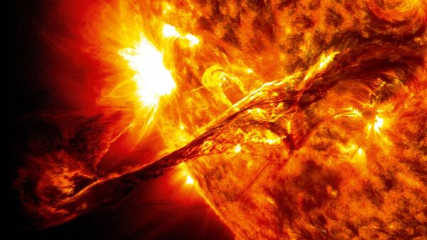 Brillamento solare - Sputnik Italia