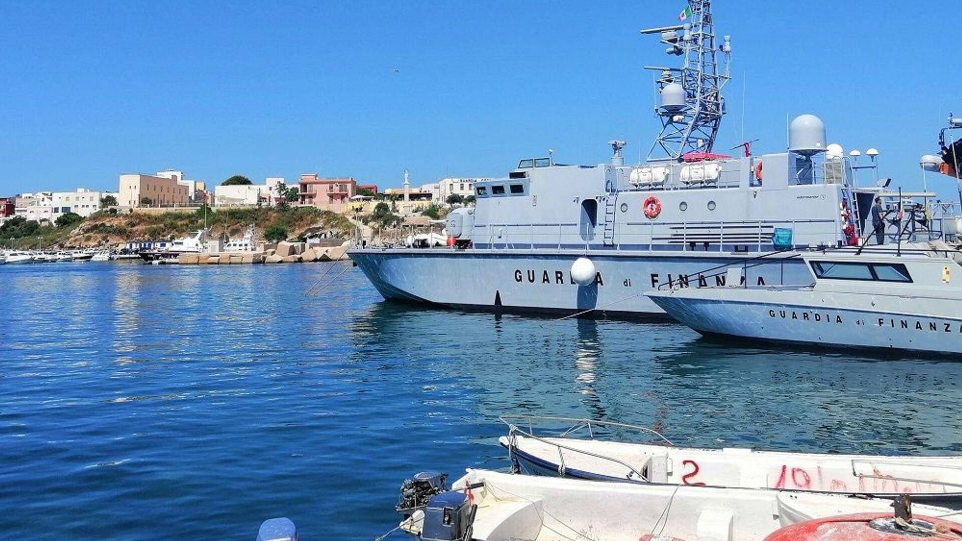 Porto di Lampedusa - Sputnik Italia, 1920, 15.06.2021