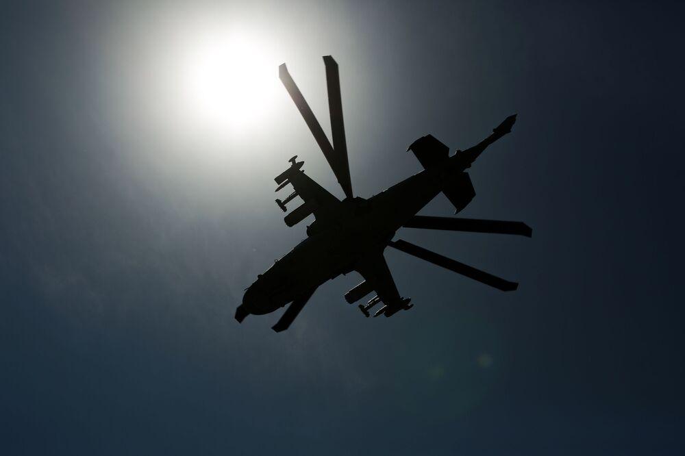 L'elicottero d'attacco Ka-52 Alligator in volo
