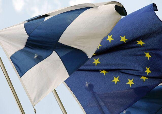 Bandiere della Finlandia e dellUE