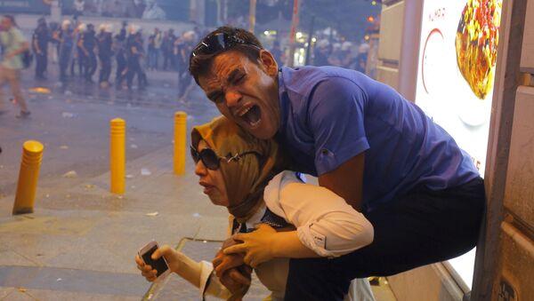 Proteste dopo l'esplosione a Suruc. - Sputnik Italia