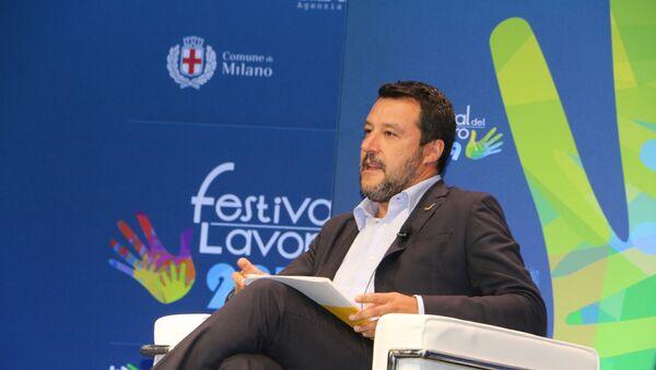 Matteo Salvini al Festival del Lavoro - Sputnik Italia