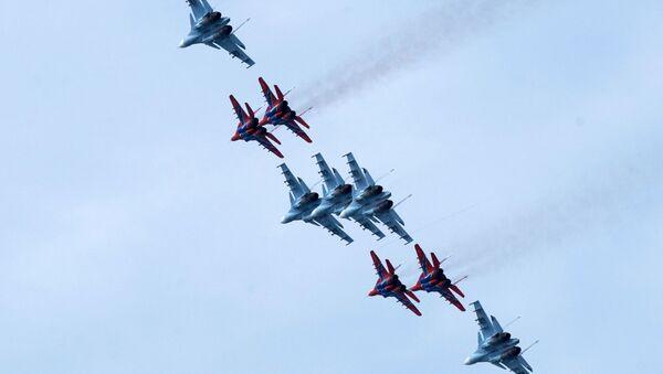 Caccia Su-57 e MiG-29 - Sputnik Italia