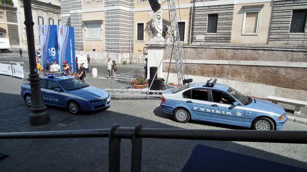 Auto della polizia italiana - Sputnik Italia