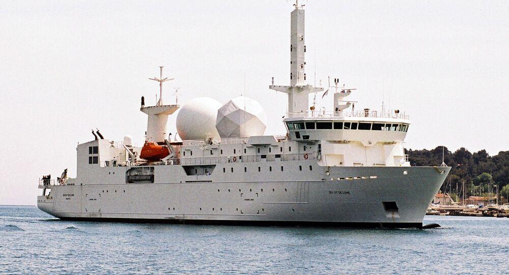 La nave francese da spionaggio A759 Dupuy de Lome
