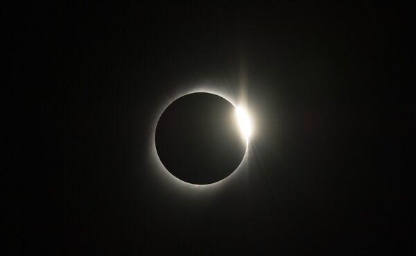 Eclissi solare del 2 luglio 2019, ripresa da un osservatorio in Cile. - Sputnik Italia