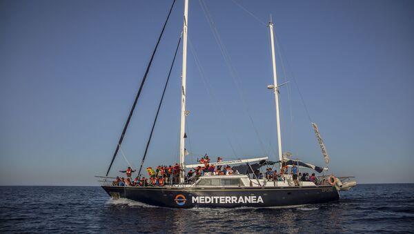 L'imbarcazione Alex - Sputnik Italia