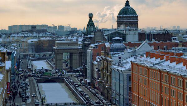 Vista di San Pietroburgo con il canale Griboedov, la casa Singer e la cattedrale di Kazan - Sputnik Italia