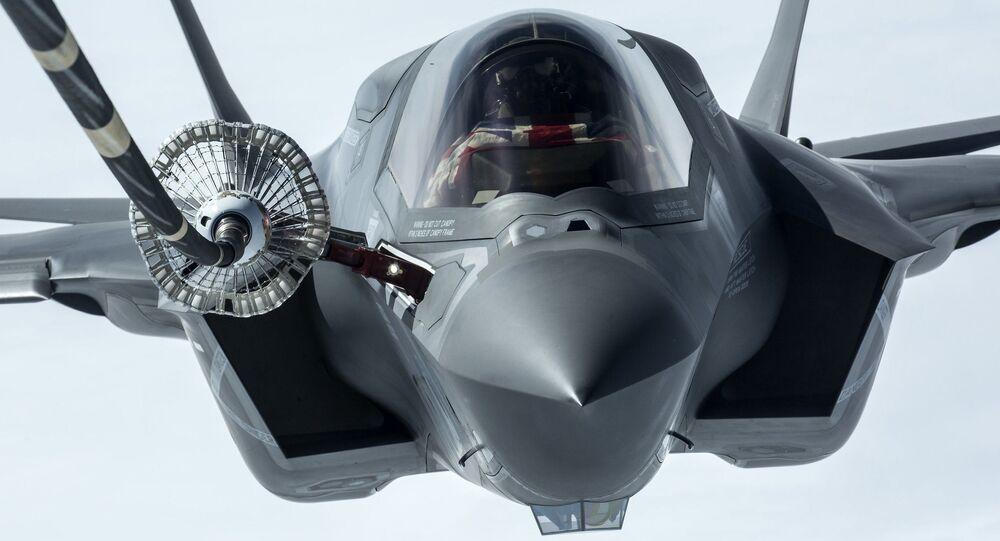 Un caccia F-35B Lightning II
