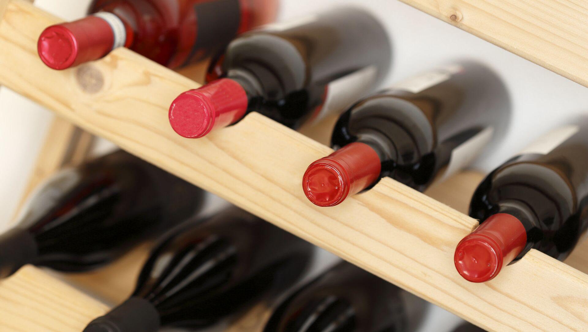 Bottiglie di vino - Sputnik Italia, 1920, 15.04.2021