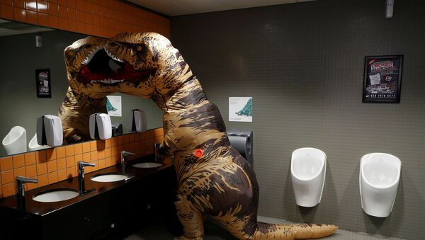 T-rex partecipante al festival MCM Comic Con di Londra - Sputnik Italia