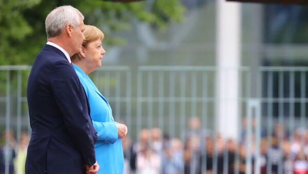 Il cancelliere tedesco Angela Merkel receives e il premier della Finlandia Antti Rinne - Sputnik Italia