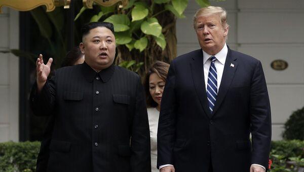 Il presidente nordcoreano Kim Jong-un e il presidente USA Donald Trump  - Sputnik Italia
