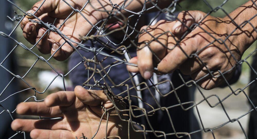 Migranti al confine