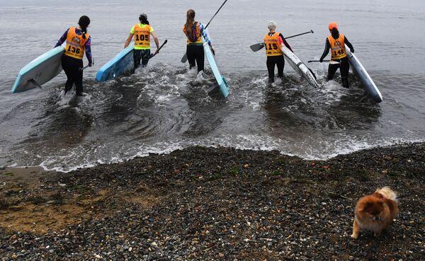 La quarta tappa del SUP Surf Strong Waves Tour Cupin a Vladivostok, Russia. - Sputnik Italia