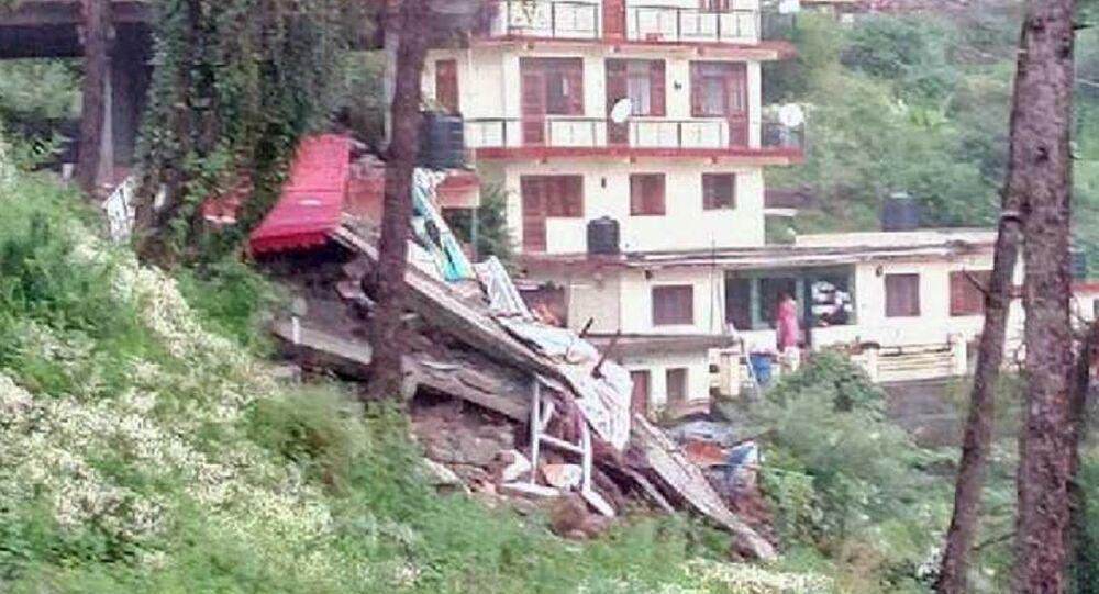 Edificio crollato in India