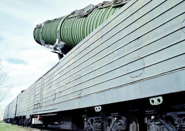 Il sistema missilistico ferroviario da combattimento
