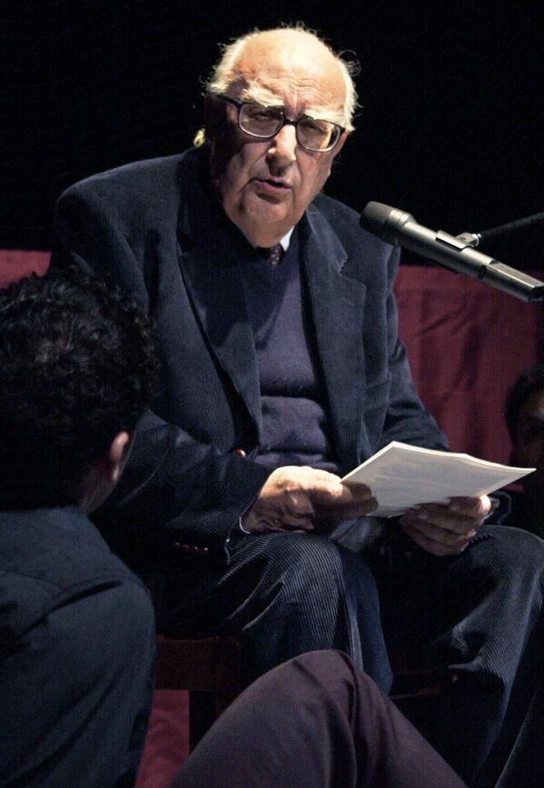 Andrea Camilleri, sceneggiatore, regista, drammaturgo e insegnante italiano, è scomparso il 17 luglio 2019 - Sputnik Italia