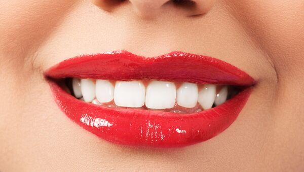 Sorriso e denti bianchi - Sputnik Italia