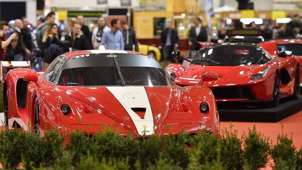 Una Ferrari all' ESSEN MOTOR SHOW 2016 in Germania - Sputnik Italia